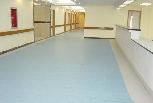 塑胶地板的种类介绍及其联系和区别复合膜